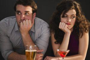 dlhodobý vzťah, smútok, chyby vo vzťahu, muž a žena, par, nepodarene rande