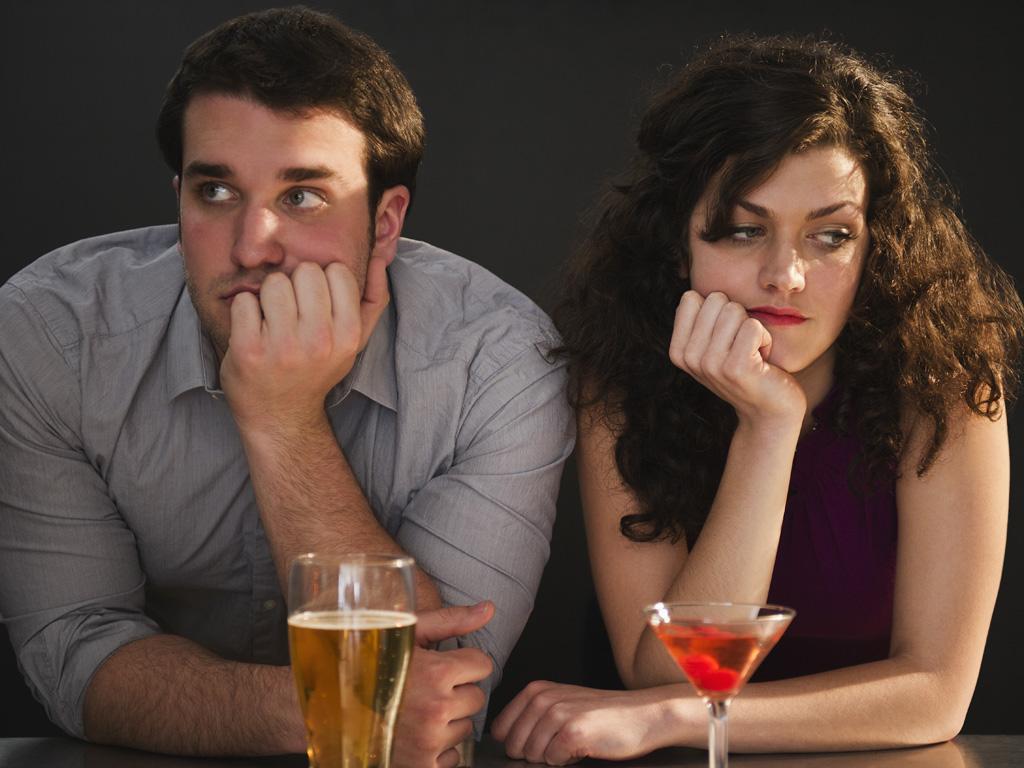 par, nesulad, nahnevani, nerozpravaju sa, rande, nepodarene